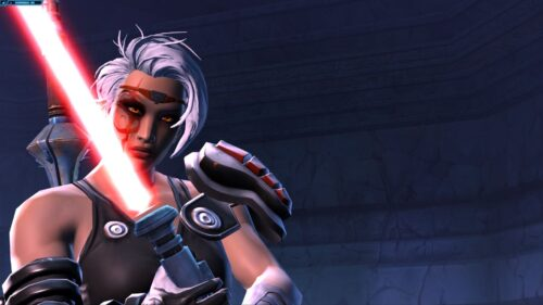 Fierce and strong female Sith Warrior character in SWTOR